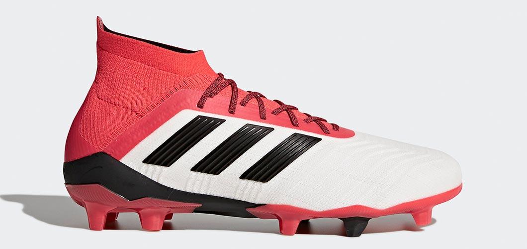 Chaussures de football de Majid Hosseini