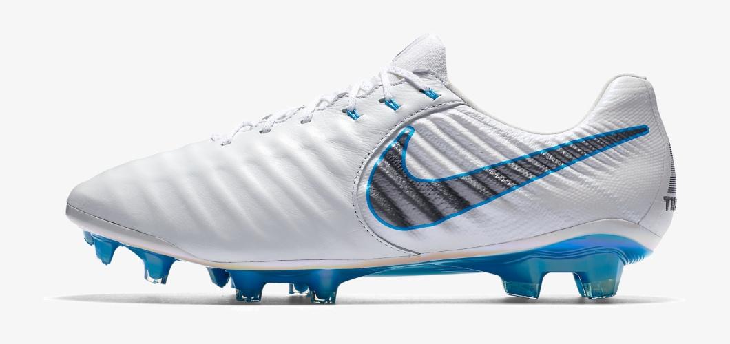 pretty nice e3425 7cc0a Sergio Ramos Football Boots
