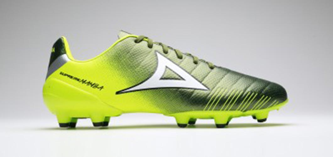 438ad858de4 Pirma 179 Supreme Mamba Football Boots